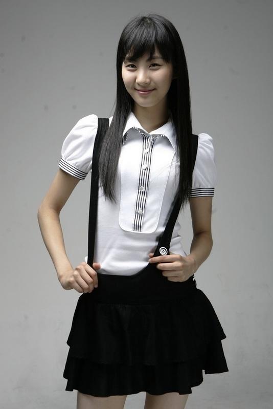 http://mrkpop.files.wordpress.com/2010/07/seo-hyun2.jpg